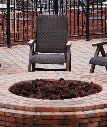 Alrick's Landscaping, LLC Outdoor Fire Pits
